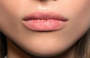 droge lippen lip fillers